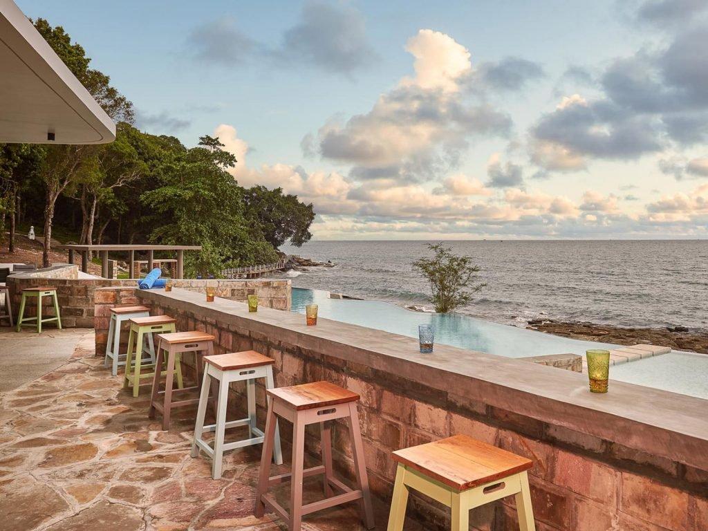 Sihanoukville, Independence hotel | Rama Tours