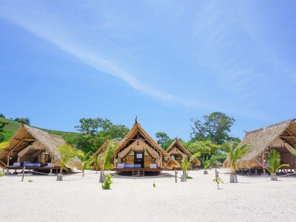 Flores, Labuan Bajo, Le Pirate Island | Rama Tours