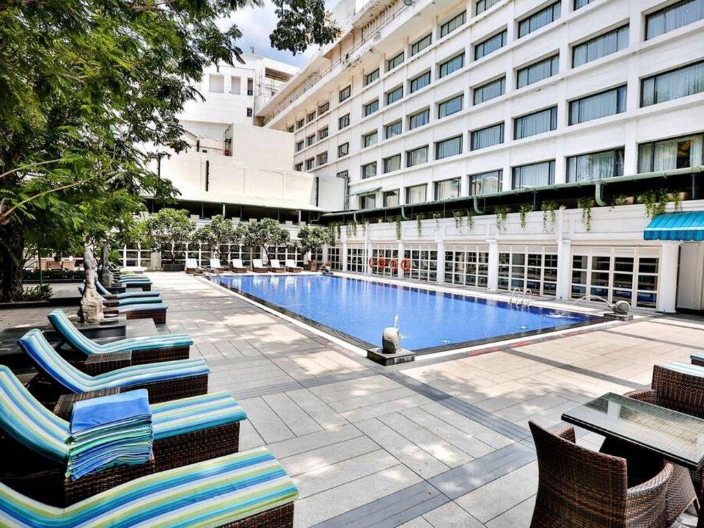 Chennai, Crowne Plaza Chennai Adyar Park | Rama Tours