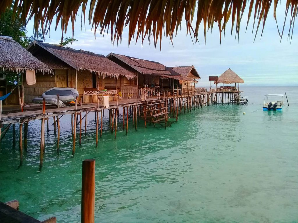 Raja Ampat, Mandos Guest House | Rama Tours