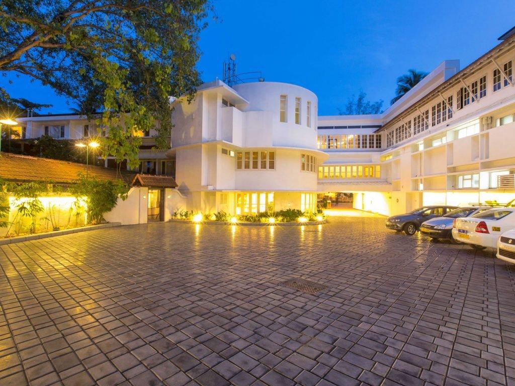 Cochin (Kochi), Casino Hotel | Rama Tours