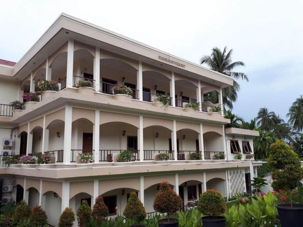 Manokwari, Mansinam Beach hotel | Rama Tours
